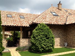 Large Single Roman Tiles